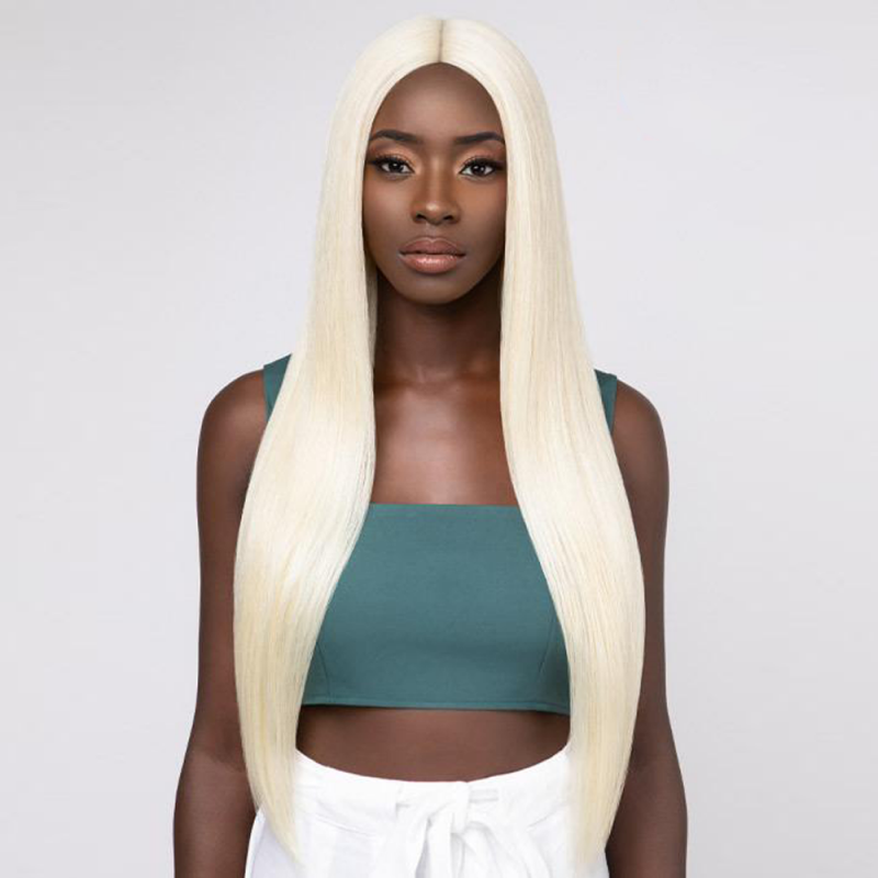 Feme Glamazon Front Lace wig synthetic hair (color 613)